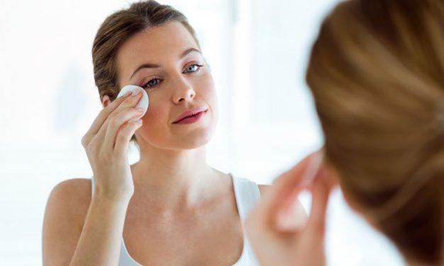 Pravilno čiščenje obraza za brezhibno lepoto