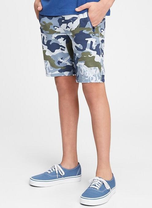 fantovske kratke hlače