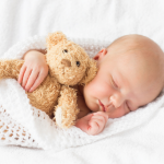 Ali veste, kaj je spalna regresija pri dojenčkih?