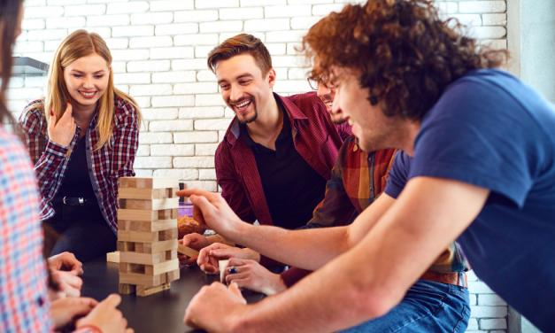 Družabne namizne igre za številne priložnosti in krajšanje prostega časa